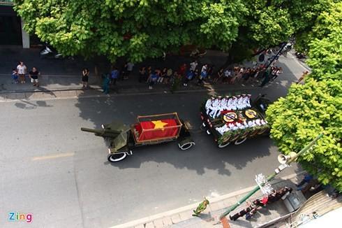 Gedenkzeremonie für ehemaligen KPV-Generalsekretär Do Muoi - ảnh 2