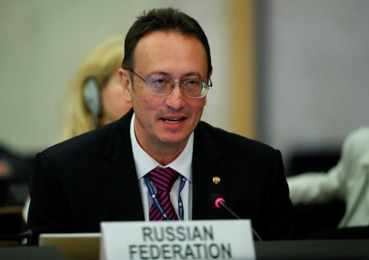 Russland wirft Nato Nichtbereitschaft zur Abrüstung von Atomwaffen vor - ảnh 1