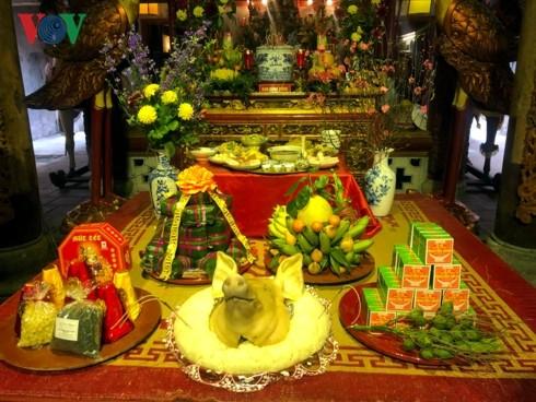 Stimmung des traditionellen Tetfestes in der Hanoier Altstadt - ảnh 1