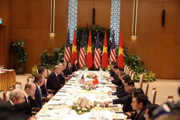 Vietnams Spitzenpolitiker empfangen US-Präsidenten Donald Trump - ảnh 13