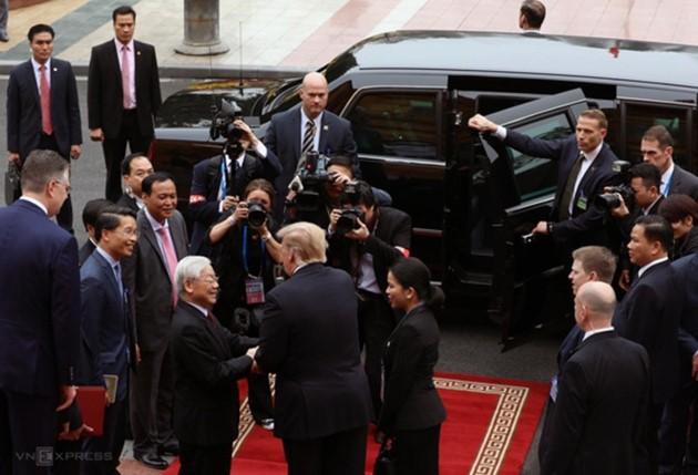 Vietnams Spitzenpolitiker empfangen US-Präsidenten Donald Trump - ảnh 8