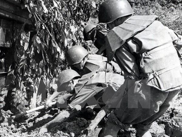 """Seminar """"Truong Son-Pfad – Ho Chi Minh-Pfad, Symbol der Entschlossenheit zur Vereinigung des Vaterlandes"""" - ảnh 1"""