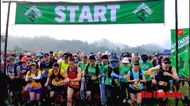 Vietnam Jungle Marathon 2019 im Naturschutzgebiet Pu Luong - ảnh 1