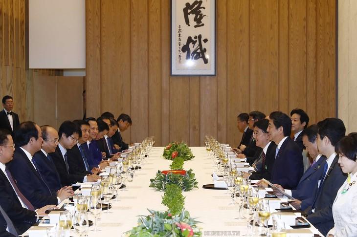 Impressionen der bilateralen und multilateralen Kooperationen - ảnh 1