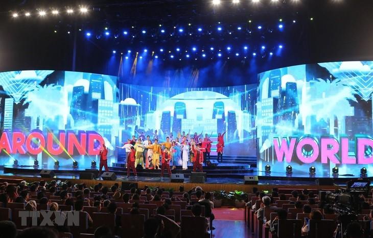 ASEAN-Japan-Musikfestival richtet sich nach einer friedlichen Welt in der neuen Zeit - ảnh 1