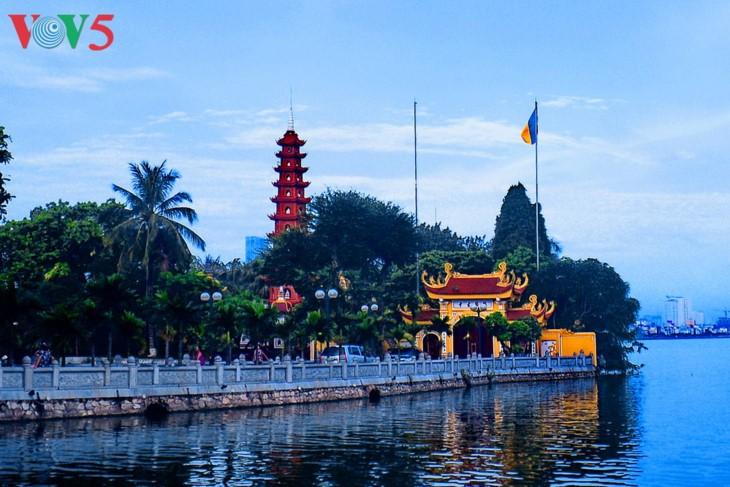 Zwei vietnamesische Pagoden wurden in die Liste der zehn schönsten Pagoden der Welt aufgenommen - ảnh 1