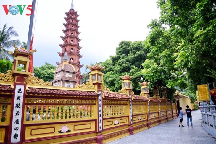 Zwei vietnamesische Pagoden wurden in die Liste der zehn schönsten Pagoden der Welt aufgenommen - ảnh 3