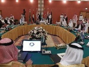 Negara-nagara Arab daerah Teluk mengimbau kepada Dewan Keamanan PBB supaya mengadakan pertemuan darurat mengenai Suriah - ảnh 1