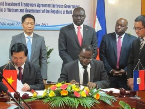 Penandatanganan Perjanjian kerangka tentang perdagangan dan investasi antara Vietnam dan Haiti - ảnh 1