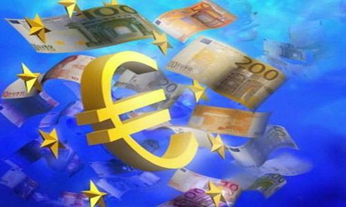 Kira-kira 50 % warga Uni Eropa tetap tidak mendukung mata uang Euro - ảnh 1