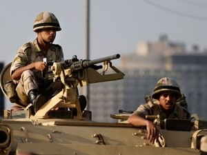 Tentara Mesir menetapkan batas waktu untuk organisasi Ikhwanul Muslimin dalam berpartisipasi pada kerujukan politik - ảnh 1