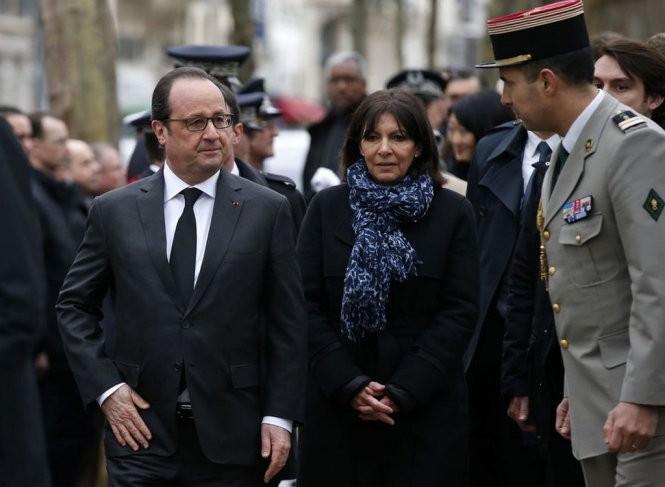 Presiden Perancis, F.Hollande mengakui kegagalan intelijen Perancis dalam mencegah kasus-kasus teror - ảnh 1