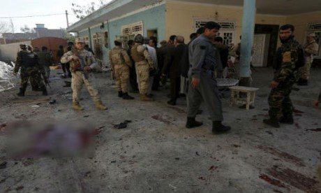 Terjadi serangan bom bunuh diri di Afghanistan sehingga menimbulkan banyak korban - ảnh 1