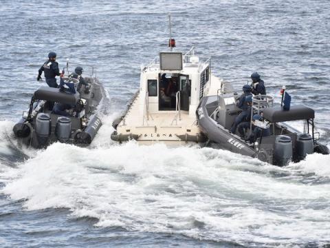 Jepang untuk pertama kalinya melakukan latihan perang bersama dengan AS menurut UU mengenai Keamanan baru - ảnh 1