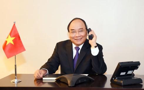 PM Vietnam, Nguyen Xuan Phuc melakukan pembicaraan telepon dengan beberapa legislator AS - ảnh 1