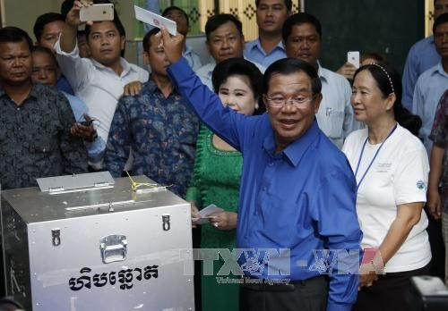 Pemilihan di tingkat kecamatan di Kamboja: NEC mengkonfirmasikan kemenangan CPP - ảnh 1