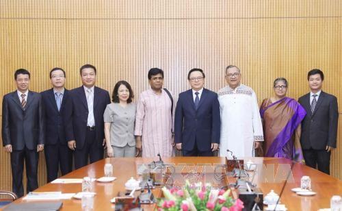 Partai Komunis Vietnam memperkuat kerjasama dengan Partai Komunis Bangladesh - ảnh 1