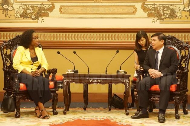 Kota Ho Chi Minh dan Mozambik sepakat memperhebat kerjasama di bidang- bidang potensial - ảnh 1