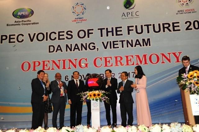 APEC Vietnam 2017: Menciptakan tenaga pendorong dan keterkaitan antar-perekonomian anggota APEC - ảnh 1