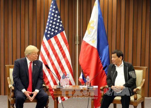 AS dan Filipina berkomitmen akan mempertahankan kebebasan maritim di Laut Timur - ảnh 1