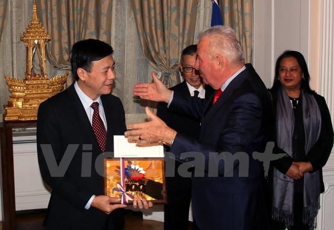 ASEAN mengimbau kepada Republik Czech supaya memperkuat kerjasama dan investasi di kawasan - ảnh 1