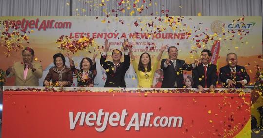 Vietjet membuka lini penerbangan Da Lat (Vietnam) – Bangkok (Thailand) - ảnh 1