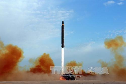 Jepang memperingatkan kemungkinan RDRK menyiapkan peluncuran rudal balistik - ảnh 1