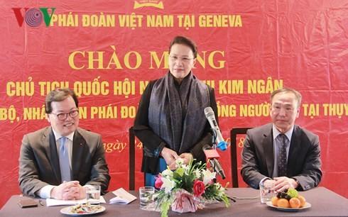 Partai dan Negara Vietnam selalu memperhatikan penyerapan orang Vietnam di luar negeri dalam usaha mengembangkan Tanah Air - ảnh 1