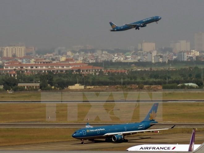 Badan Harian Pemerintah Vietnam mencapai kesepakatan tentang opsi perluasan Bandara Tan Son Nhat - ảnh 1