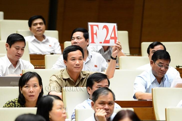 Para pemilih menilai tinggi acara-acara interpelasi dan jawaban interpelasi pada persidangan ke-5, MN angkatan XIV - ảnh 1