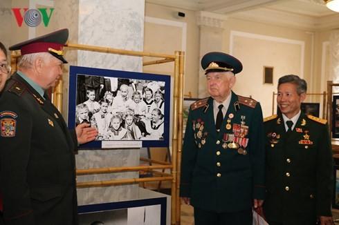 Kedutaan Besar Vietnam mengadakan pameran foto di Gedung Parlemen Ukraina - ảnh 1