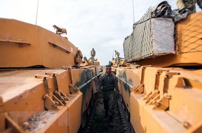 Turki membangun tembok perbatasan dengan Suriah - ảnh 1