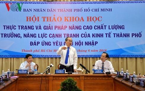 Para ilmuwan memberikan sumbangan dalam perkembangan Kota Ho Chi Minh - ảnh 1