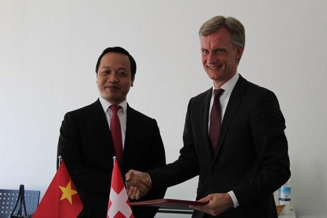 Viet Nam dan Swiss memperkuat kerjasama di bidang hukum - ảnh 1