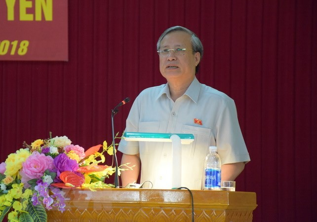 Anggota Harian Sekretariat KS PKV, Tran Quoc Vuong melakukan temu kerja dengan Komite Partai Provinsi Quang Ngai - ảnh 1