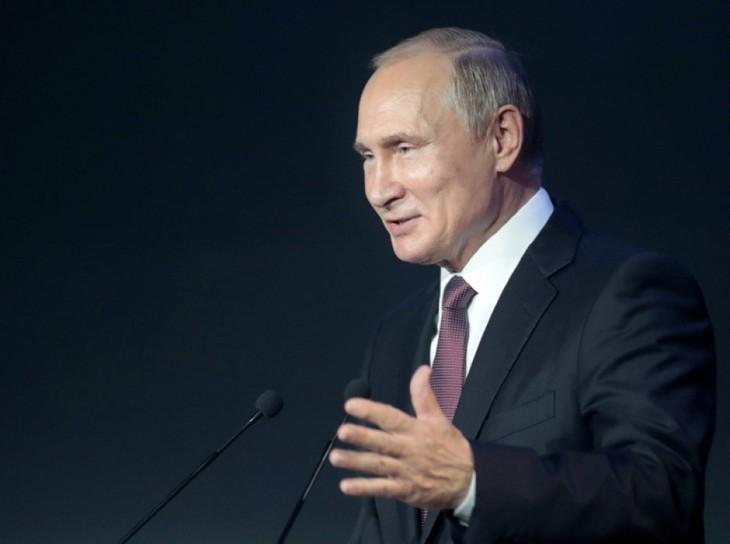 Presiden Rusia akan bertemu dengan Presiden IOC pada pertandingan final World Cup 2018 - ảnh 1