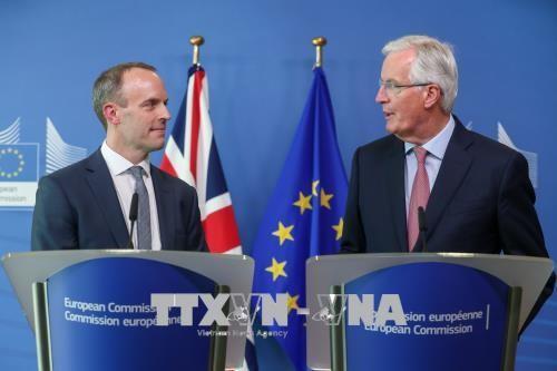 """Masalah Brexit: Inggris mengeluarkan syarat tentang pembayaran """"biaya cerai"""" dengan Uni Eropa - ảnh 1"""