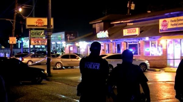 Terjadi pemberondongan senapan di AS, sedikitnya 3 orang tewas - ảnh 1