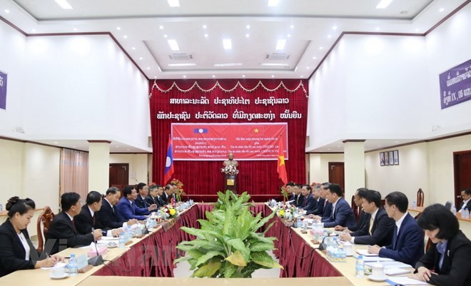 Kerjasama antara sistem pengadilan Viet Nam-Laos semakin efektif dan substantif - ảnh 1