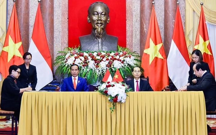 Panorama kunjungan Kenegaraan Presiden Indonesia, Joko Widodo di Viet Nam - ảnh 9
