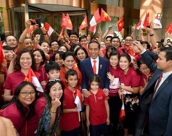 Panorama kunjungan Kenegaraan Presiden Indonesia, Joko Widodo di Viet Nam - ảnh 12