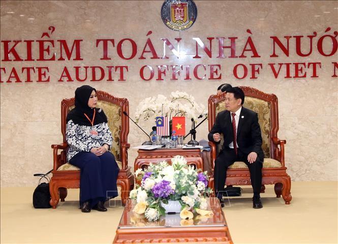 Badan Pemeriksa Keuangan Negara dua negara Viet Nam dan Malaysia memperkuat kerjasama  - ảnh 1