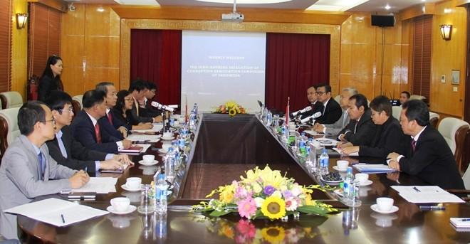Viet Nam dan Indonesia bekerjasama dalam memberantas korupsi - ảnh 1