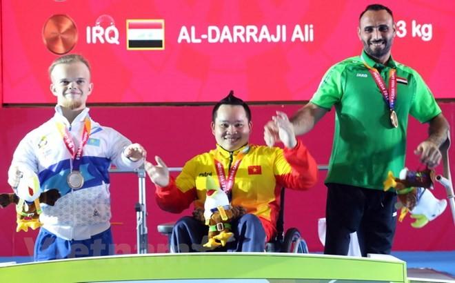 Viet Nam meraih medali emas ke-2 di Asian Para Games 2018 - ảnh 1