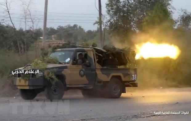 Libia: LNA memperhebat aktivitas serangan di Ibukota Tripoli - ảnh 1