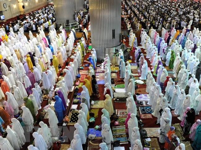 Bulan Ramadan umat Islam sudah tiba - ảnh 1