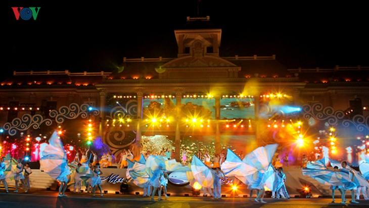 Acara pembukaan Festival Laut Nha Trang-Khanh Hoa tahun 2019 - ảnh 1