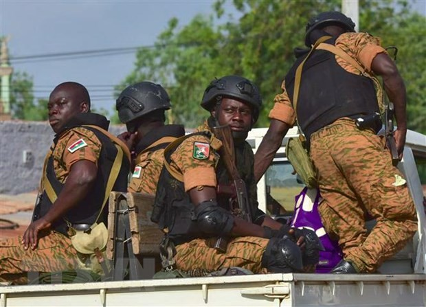 Penembakan di gereja Katolik di Burkina Faso sehingga menimbulkan banyak korban - ảnh 1