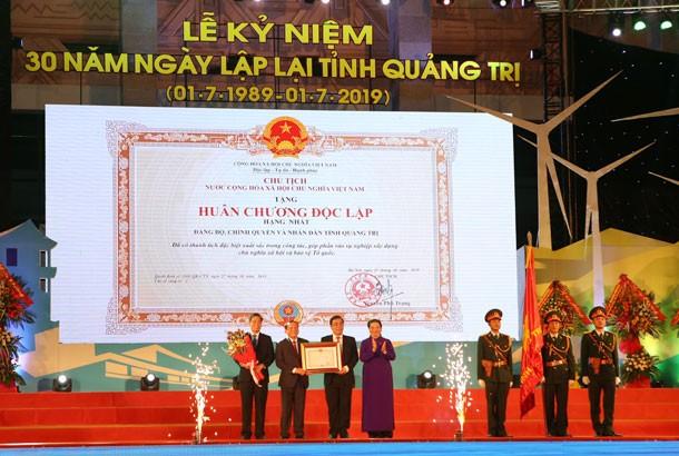 Acara peringatan ultah ke-30 hari berdirinya kembali Provinsi Quang Tri - ảnh 1