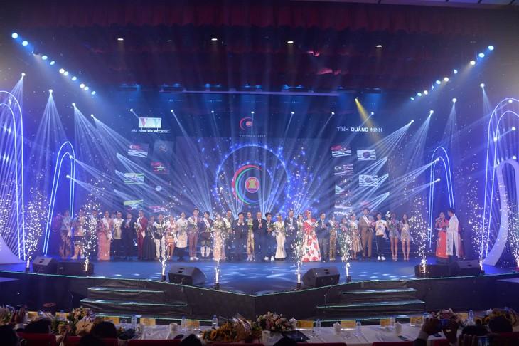 """Kontes ke-2 """"Suara Nyanyian ASEAN+3"""" tahun 2010 mencapai sukses baik - ảnh 1"""
